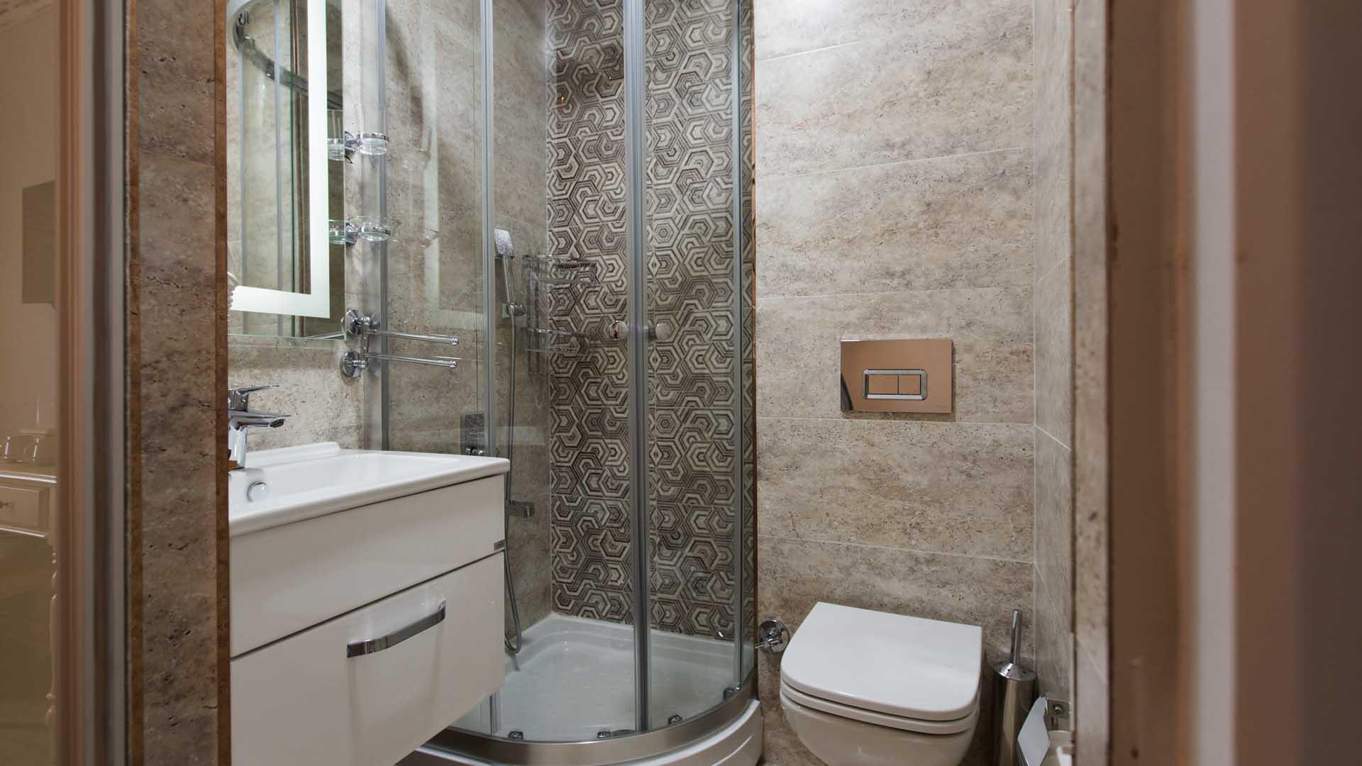 standard-room-bathroom-idylle-hotel
